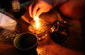 Магический ритуал на снятие старой порчи на несчастье