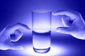 Заговор на стакан воды для похудения, 3 заговора